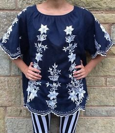 1970s Navy and white floral boho top from Lovely's Vintage Emporium