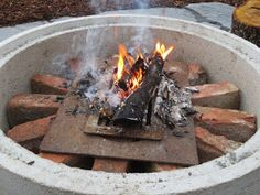 Muonamiehen mökki: Nuotiopaikka Outdoor Living, Outdoor Decor, Hygge, Sweet Home, Cabin, Garden, Outdoors, Home Decor, Patio Fire Pits