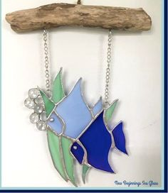 Stained Glass Fish - All About Decoration Stained Glass Ornaments, Stained Glass Suncatchers, Stained Glass Flowers, Stained Glass Projects, Stained Glass Art, Stained Glass Windows, Tiffany Stained Glass, Fused Glass, Stained Glass Patterns Free