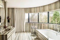 Wentworth Estate, Bathroom