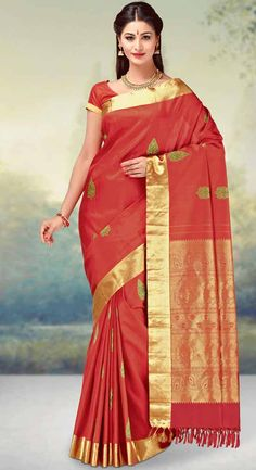 Find the gorgeous saree at our online store at Tajonline.com. Get flat 15% off on minimum order value INR 2000. Apply code sareesalex9y. Offer valid until 30 June 2017. Hurry up!  For more information click here: http://www.tajonline.com/gifts-to-india/gifts-AKE1656.html