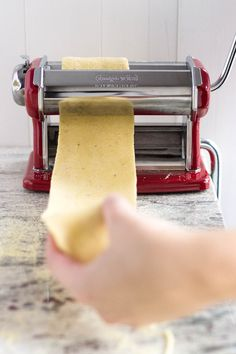 Have you ever wondered how to make fresh homemade pasta right in your kitchen? This step-by-step tutorial will show you how in no time - video available!