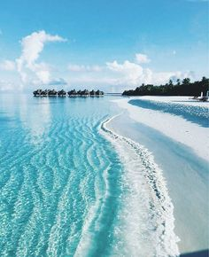 Perfect island beach vacation spot with white sand. Wanderlust travel bucket list of places to see and visit on a vacation trip. Places To Travel, Places To See, Travel Destinations, Photography Beach, Travel Photography, Dream Vacations, Vacation Spots, Romantic Vacations, The Ocean