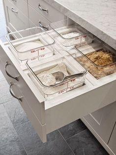 32 Ideas Diy Kitchen Design Ideas Storage Solutions For 2019 Kitchen Dinning, Kitchen Redo, Kitchen Remodel, Kitchen Ideas, Kitchen Organization, Kitchen Storage, Organizing, Bakers Kitchen, Cuisines Design