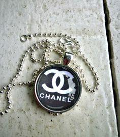 Designer Images.Chanel. Chanel glass necklace.