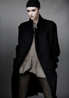 Men's Tailored Jacket (carbon - $2795)Metal Line Cashmere / Silk Sweater (bronze - $1095)Luxury Jersey Legging (carbon - $525)