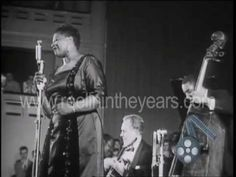 """It Don`t Mean a Thing if it Ain`t Got That Swing""- one of her signature tune ,live 1957 on toure in Europe.Piano- Oscar Peterson,drums- Pap Jones,bass- Ray bBrown- all legends !"