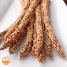 With Peanut Butter on Top: Crunchy Baked Asparagus Spears Oven Baked Asparagus, Asparagus Fries, Asparagus Spears, Fresh Asparagus, Unique Recipes, Other Recipes, Raw Food Recipes, Vegetable Recipes, Cooking Recipes