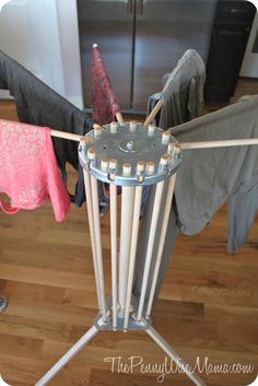 clothes drying rack from http://www.bestdryingrack.com/clothes_drying_rack.html