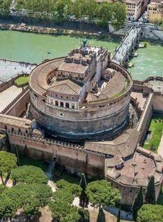 Castel Sant'Angelo, Rome, Italy #italytravelinspiration #Rome