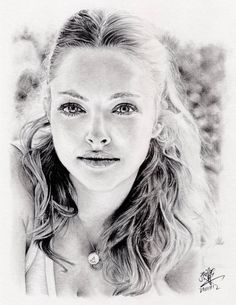 The Secrets Of Drawing Realistic Pencil Portraits - Pencil Portrait. Secrets Of Drawing Realistic Pencil Portraits - Discover The Secrets Of Drawing Realistic Pencil Portraits Portrait Au Crayon, Pencil Portrait Drawing, Pencil Art, Painting & Drawing, Beautiful Pencil Drawings, Realistic Pencil Drawings, Pencil Drawing Tutorials, Amanda Seyfried, Art Sketches