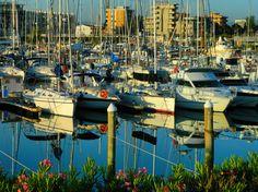Marina Di Rimini, Rimini - Harbor, Nikon Coolpix L310, 18.6mm, 1/640s, ISO80, f/4.5, -0.3ev, HDR photography, 201707110640