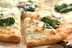 Spinach White Pizza #GlutenFree #Vegetarian  #NutFree