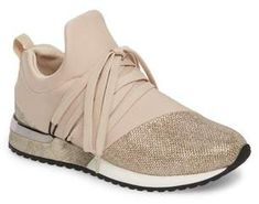 Perfect nude shade to go with any outfit so you can be active anytime! Tennis Shoes Outfit, Casual Shoes, Cute Shoes, Me Too Shoes, Women's Shoes, Sneakers Fashion, Fashion Shoes, Sneaker Women, Buy Shoes Online