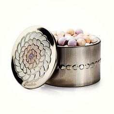 << want + need these guerlain meteorites pearls >>