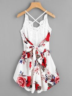 Shop Crochet Lace Panel Bow Tie Back Florals Romper online. - Shop Crochet Lace Panel Bow Tie Back Florals Romper online. SheIn offers Crochet Lace Panel Bow Tie Back Florals Romper & more to fit your fashionable needs. Source by - Cute Dress Outfits, Cute Dresses, Casual Outfits, New Fashion Pant, Teen Fashion Outfits, Fashion Fashion, Lace Romper, Floral Romper, Floral Shorts