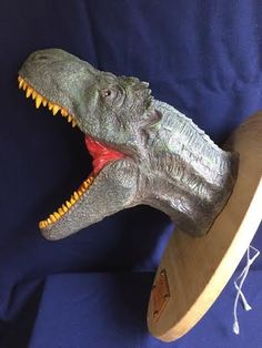 T-REX HEAD    270×140×320 1300g〜   Touch the image Click on the image