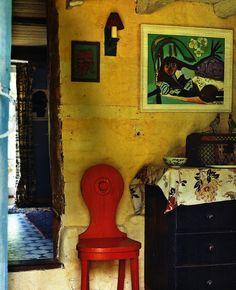 A Bloomsbury Life. World of Interiors, photo Sandra Lane..........big<3!