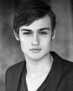 Douglas Booth. My heart. My heart. My heart. He looks like a glass doll. He is the soul reason I read Great Expectations. And I liked it.