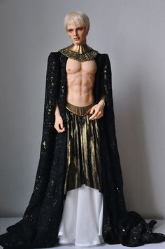 Due out February The Tony winner bares his six-pack abs as the villainous alien Balem A. Mode Baroque, Foto Portrait, Mode Costume, Character Outfits, Costume Design, High Fashion, Menswear, Style Inspiration, Fashion Outfits