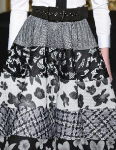 patternprints journal: PATTERNS, PRINTS, TEXTURES AND SURFACES INTO F/W 2016/17 FASHION COLLECTIONS / MILANO 24 - Roccobarocco