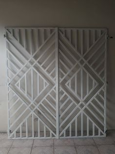 Window Grill Design Modern, House Window Design, Balcony Grill Design, Grill Door Design, Balcony Railing Design, Staircase Design, Home Gate Design, Steel Gate Design, Iron Gate Design