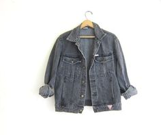 80s Vintage GUESS sbiadito nero / grigio denim giacca di jeans taglia M //