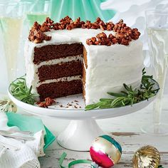 Gingerbread Cake with Buttermilk Frosting - Showstopping Christmas Cake Recipes - Southernliving. Warm spices and molasses blend beautifully with tangy buttermilk frosting.Recipe: Gingerbread Cake with Buttermilk Frosting Holiday Cakes, Christmas Desserts, Christmas Baking, Christmas Cakes, Christmas Recipes, Christmas Eve, Holiday Meals, Holiday Recipes, Office Christmas