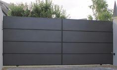Portail coulissant avec cadre en aluminium soudé - 8 cassettes horizontales identiques