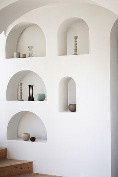 home of Xavier Corbero ❤ 19 Déco D'intérieur Style Modern Design Interior Architecture, Interior And Exterior, Interior Walls, Barcelona Architecture, Arch Interior, Interior Styling, Interior Decorating, Niche Design, Built Ins