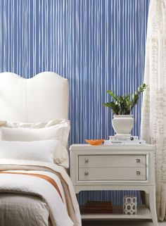 York Wallcovering: Liquid Lineation from the new Stripes Resource Library Stripped Wallpaper, Chevron Wallpaper, How To Hang Wallpaper, Wallpaper Online, Wallpaper Samples, Luxury Interior, Modern Interior, Wallpaper Manufacturers, Solid Color Backgrounds