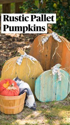 Fall Wood Crafts, Autumn Crafts, Holiday Crafts, Wood Pallet Crafts, Fall Halloween, Halloween Crafts, Rustic Halloween Decorations, Pallet Pumpkin, Diy Pumpkin