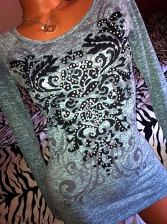 The Buckle Jeans DAYTRIP BLING long sleeve T shirt top CROCHET back RARE EUC Sm #Daytrip #KnitTop #Casual