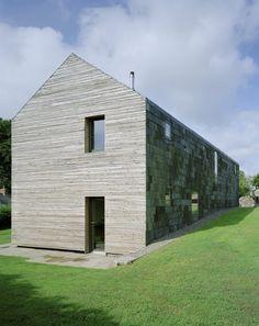 Ty Pren / Feilden Fowles, timber, wood, slate wall