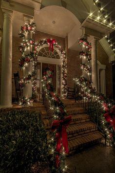 Classic, Elegant, and Sophisticated Christmas Yard Decor