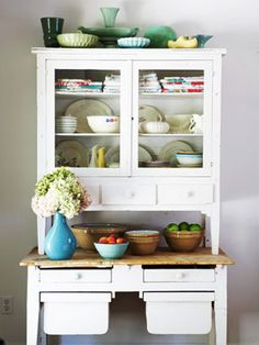 Google Image Result for http://rawsilkandsaffron.files.wordpress.com/2011/01/vintage-hutch.jpg