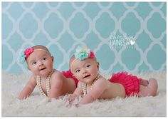 6 month twin photo ideas | Harper & Hadleigh – 6 month old twins | Baton Rouge Baby ...