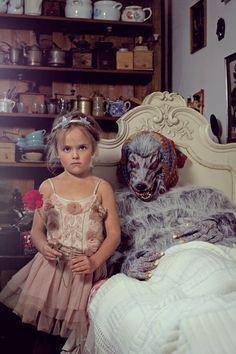 Elina/Dress and headband by Tutu du Monde. Oh, grandmother, what a big mouth you have! Girls Dresses, Flower Girl Dresses, Red Riding Hood, Little Red, Tutu, Kids Fashion, Magazine, Big, Wedding Dresses