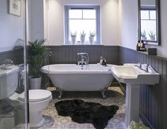 Traditional Bathroom Suites to Compliment Your Home. Bathroom are the most vital room anywhere and it is also becoming a crucial place to unwind and relax. While these suites come in a variety of styles,. Bathroom Styling, Bathroom Interior Design, Bathroom Lighting, Traditional Bathroom Suites, Victorian Style Bathroom, Bathroom Cladding, Bathroom Paneling, Roll Top Bath, D House