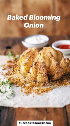 Baked Blooming Onion, Blooming Onion Recipes, Bloomin Onion, Baked Onions, Corn Dogs, Healthy Baking, Hot Dog, Appetizer Recipes, Holiday Recipes