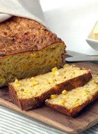 Mealie Bread - south african sweet baked bread made with sweetcorn South African Dishes, South African Recipes, Ethnic Recipes, Kos, Braai Recipes, Savoury Recipes, Ma Baker, International Recipes, Baking Recipes