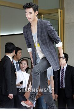 [June 10th 2012] Kim Soo Hyun (김수현) on J.ESTINA Fan Signing Event at Lotte Department Store (Jamsil Branch) #3 #KimSooHyun #SooHyun #JESTINA