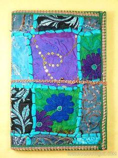 Journal intime / carnet de voyage bleu en papier artisanal 100 pages avec lien en coton - Motifs de patchwork en tissu - Artisanat équitable.