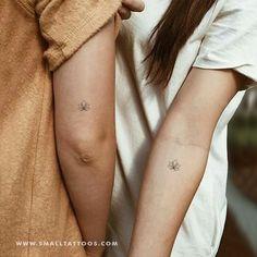 Small Minimalist Lotus Flower Temporary Tattoo (Set of # 4 Set # Lotus Flower . - Small minimalist lotus flower temporary tattoo (set of # 4 set flower - Lotusblume Tattoo, Tattoo Style, Tattoo Hals, 3 Dot Tattoo, Moon Tattoo Wrist, Om Symbol Tattoo, Tattoo Fonts, Get A Tattoo, Tattoo Quotes