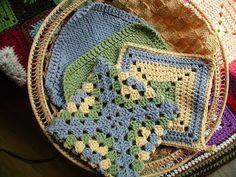 Fiddlesticks - My crochet and knitting ramblings.: August 2010