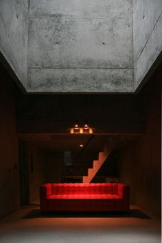 A very Lynchian image of Uno Tomoaki's Temple House, Japan 2008. Via the architect's new site.