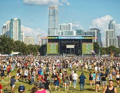 """Austin Photo 📸 Mike Holp on Instagram: """"Austin City Limits Festival draws in crowds of over 75,000 every year! 🎸🤘 #aclfest #aclfestival #igaustintexas #musicfestival #austintx…"""" Acl Festival, Austin City Limits, Every Year, Austin Tx, Aspen, Crowd, Dolores Park, Texas, Drawings"""