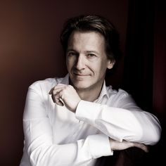 Chief conductor Marc Albrecht, portrait by Marco Borggreve