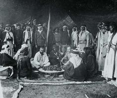 "Max von Oppenheim, ""El Baron"" Ibrahim pasa sátrában, 1899"