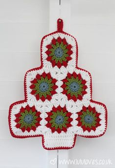 Christmas Tree Pot-holder Tutorial. #crochet #christmas